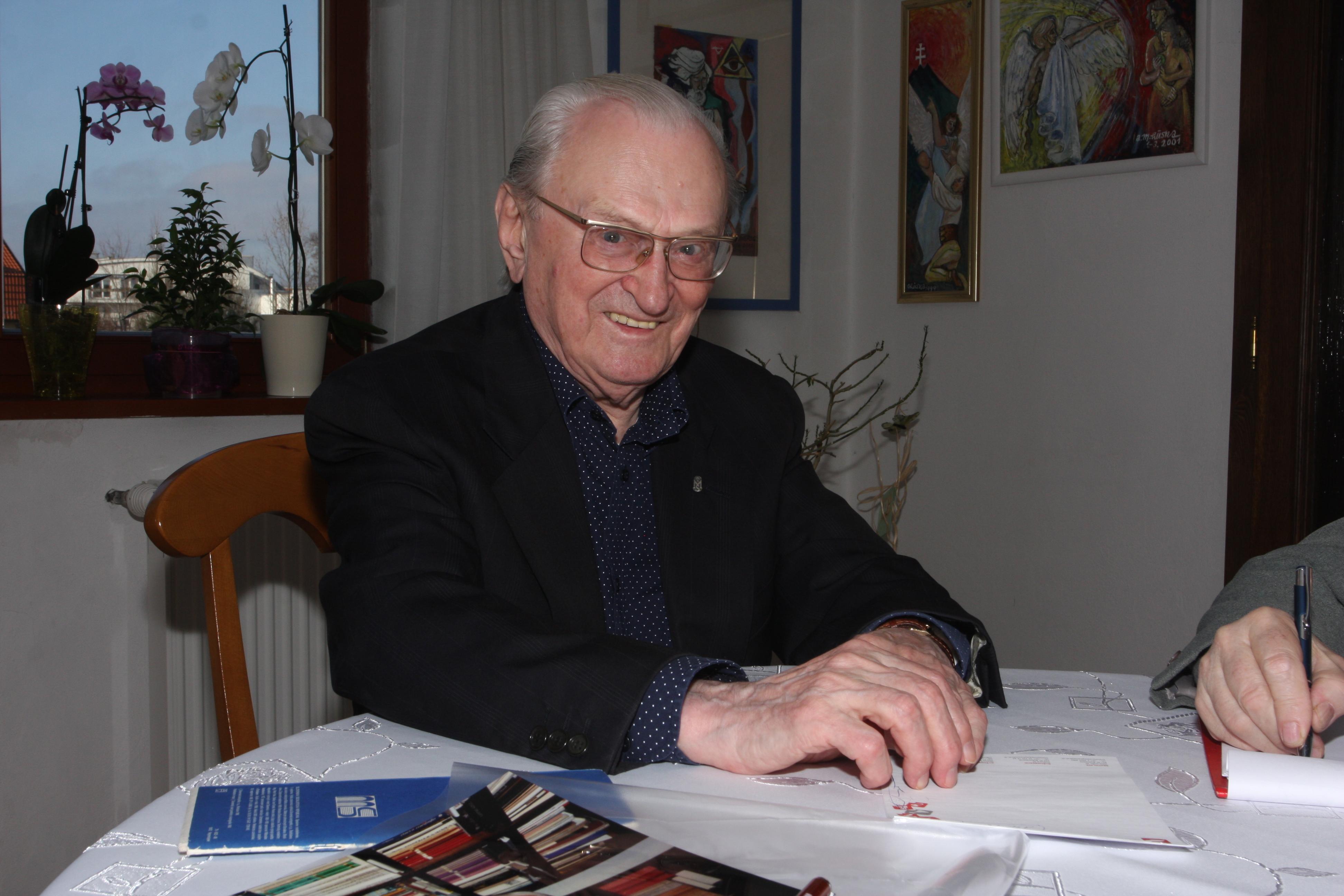 Profesor Milan S. Ďurica sa narodil pred 90. rokmi - 13. augusta 1925 v Krivanoch. (Foto: archív)