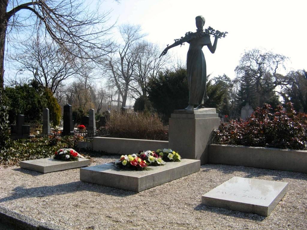 Miesto posledného odpočinku velikána národa na cintoríne v Modre. (Foto: archív)