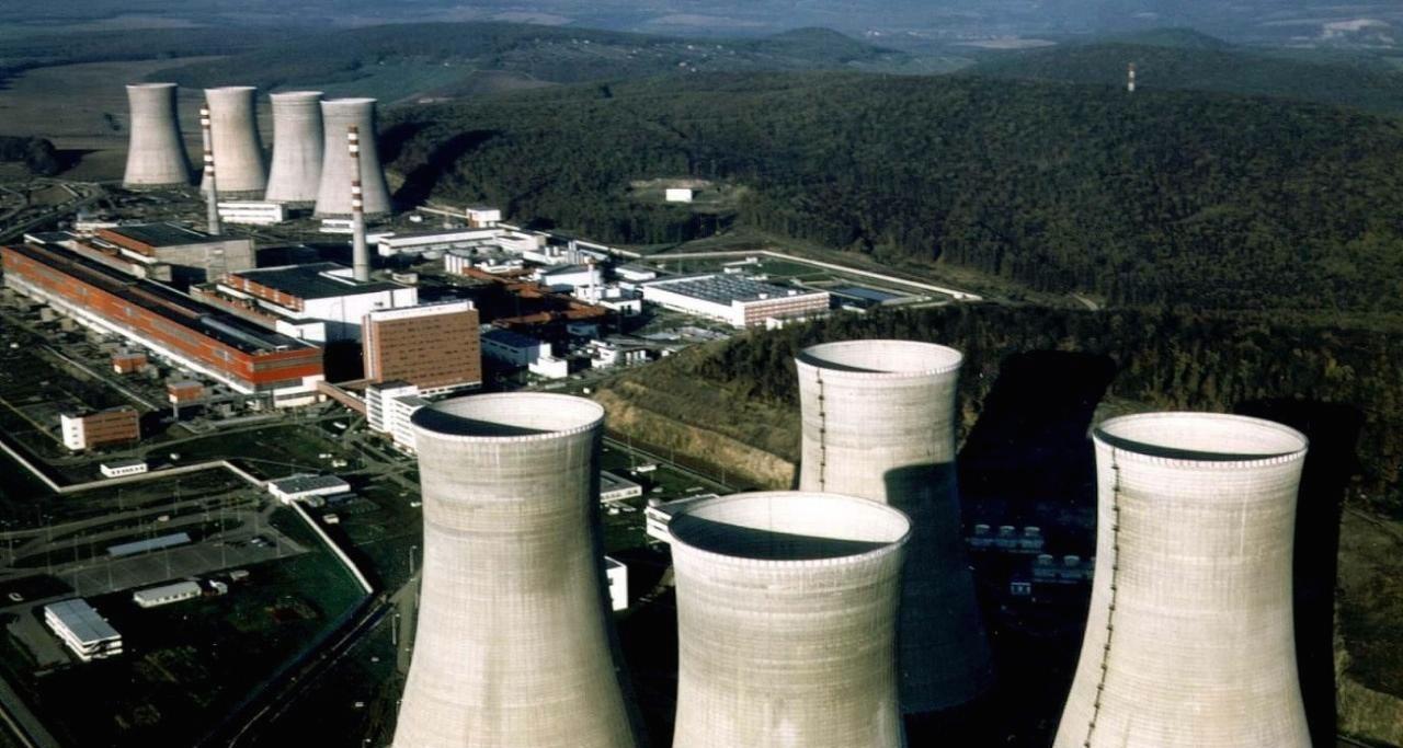 Enel prevedie na EPH 33 percent akcií elektrární. Zvyšok predá holdingu po dokončení jadrovej elektrárne Mochovce. (Foto: APA)