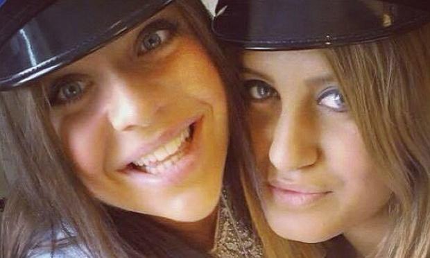 Na fotografii prvá zľava je zavraždená Alexandra  Mezherová (Foto: AP)
