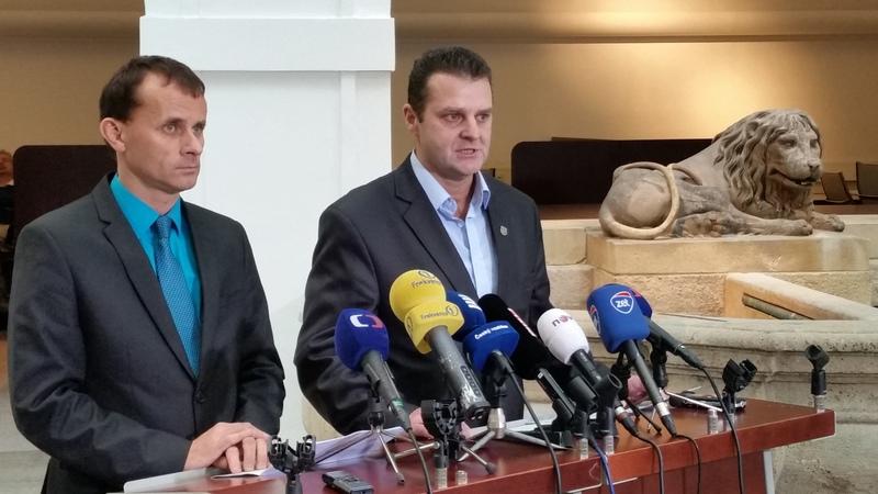 Stanislav Mackovík a Zdeněk Ondráček. (Foto:Petr Kojzar)