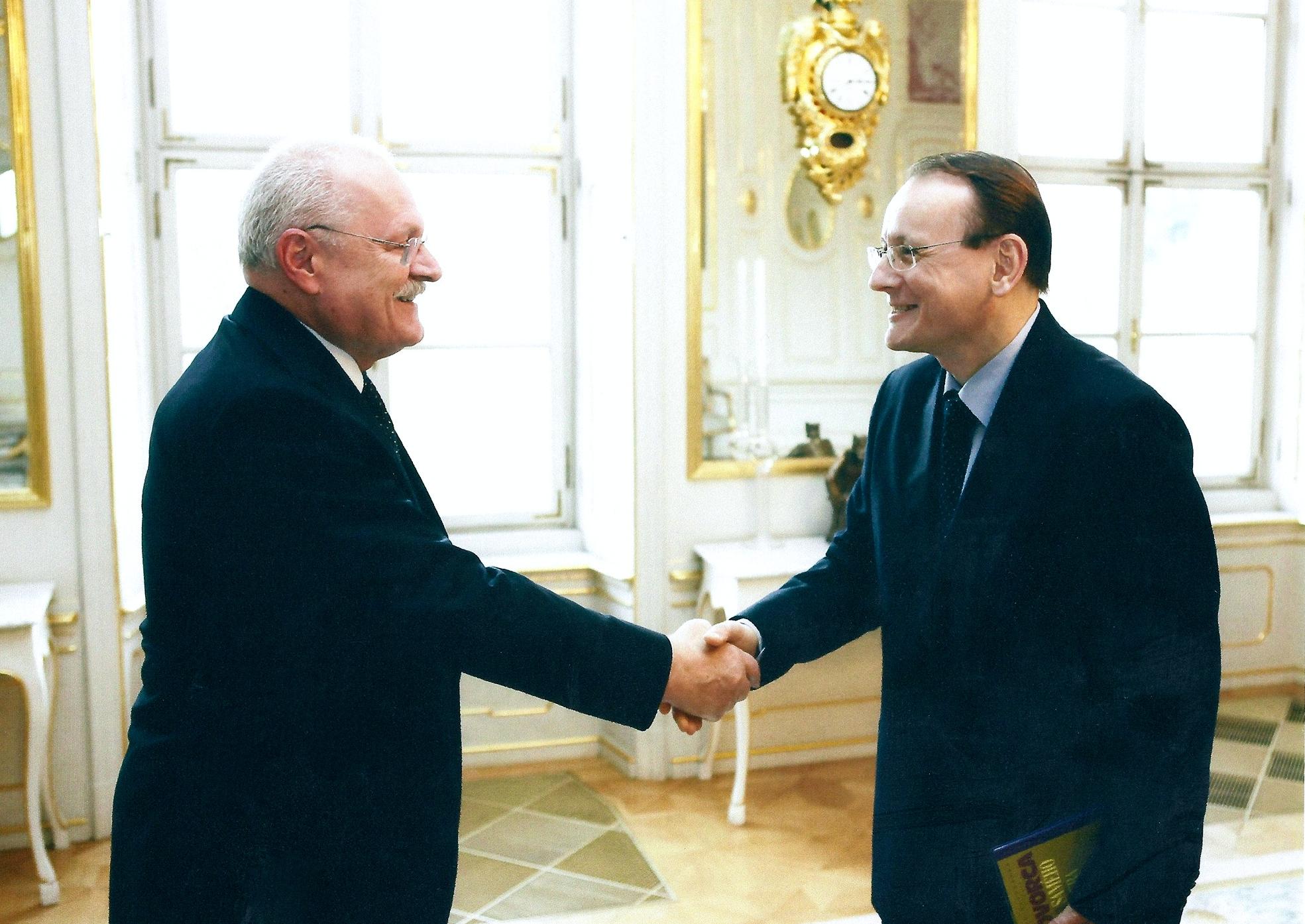 Pavol Janík počas prijatia u bývalého prezidenta Ivana Gašparoviča. (Foto: archív)