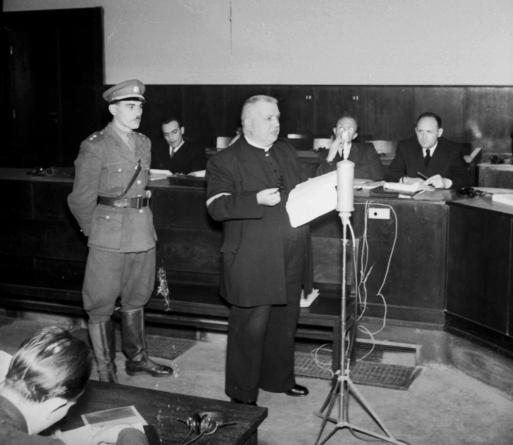 """Edvard Beneš po návrate z Londýna na adresu Tisa povedal: """"Musí visieť"""". V roku 1947 bol prvý slovenský prezident odsúdený na trest smrti. (Foto: archív)"""