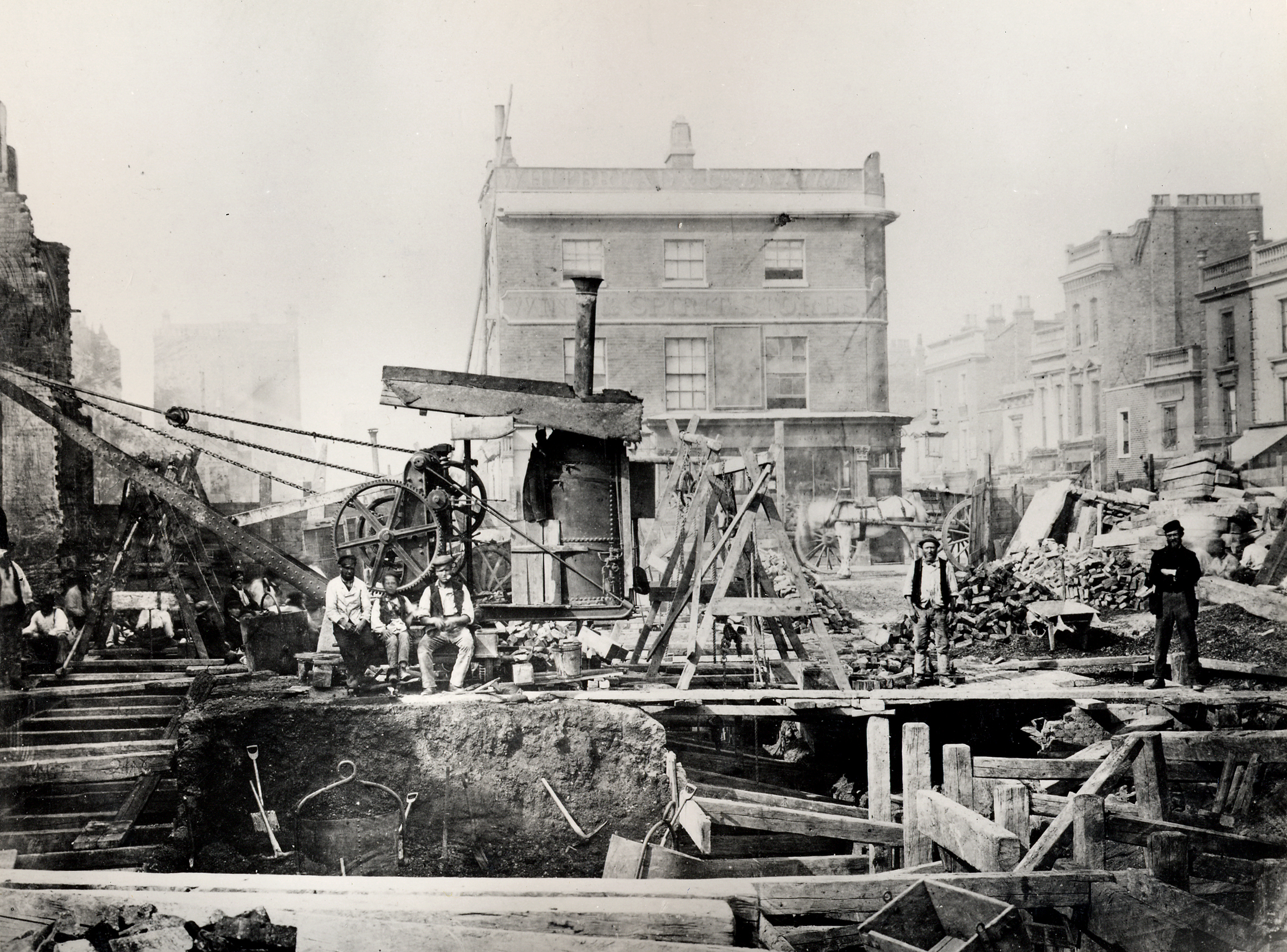 Z výstavby londýnskeho metra. (Foto: archív)