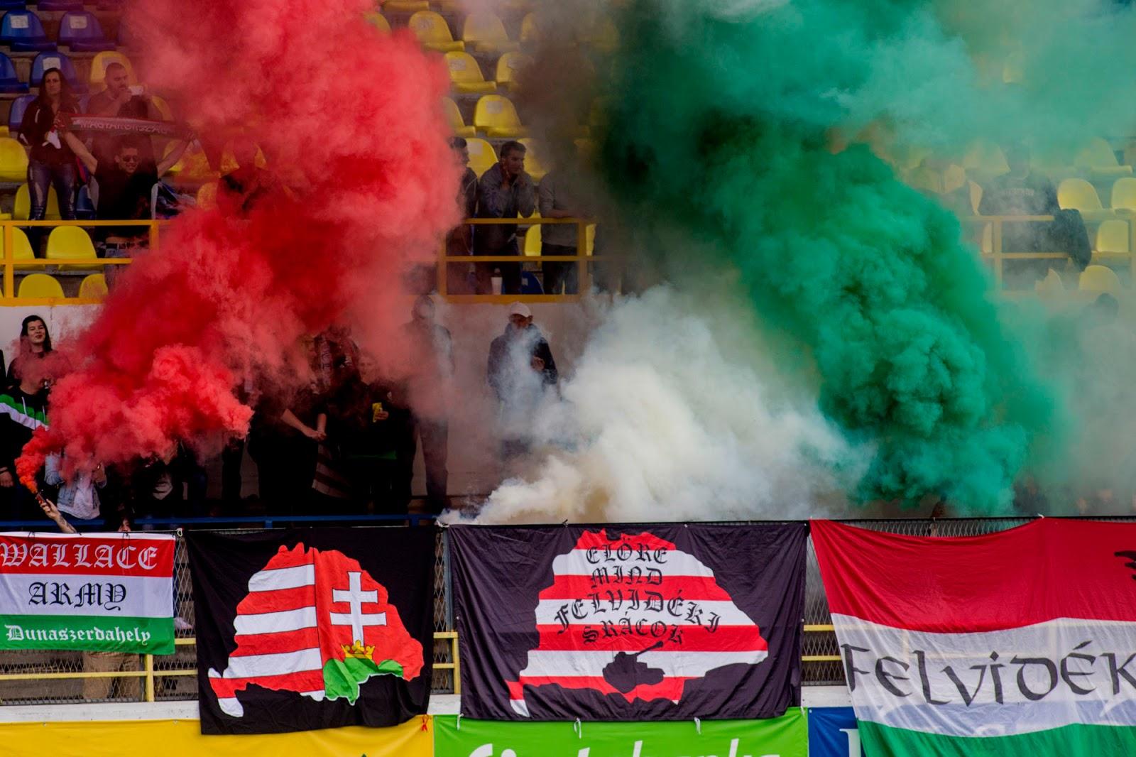 Maďarský šovinizmus na dunajskostredskom štadióne. (Foto: archív)