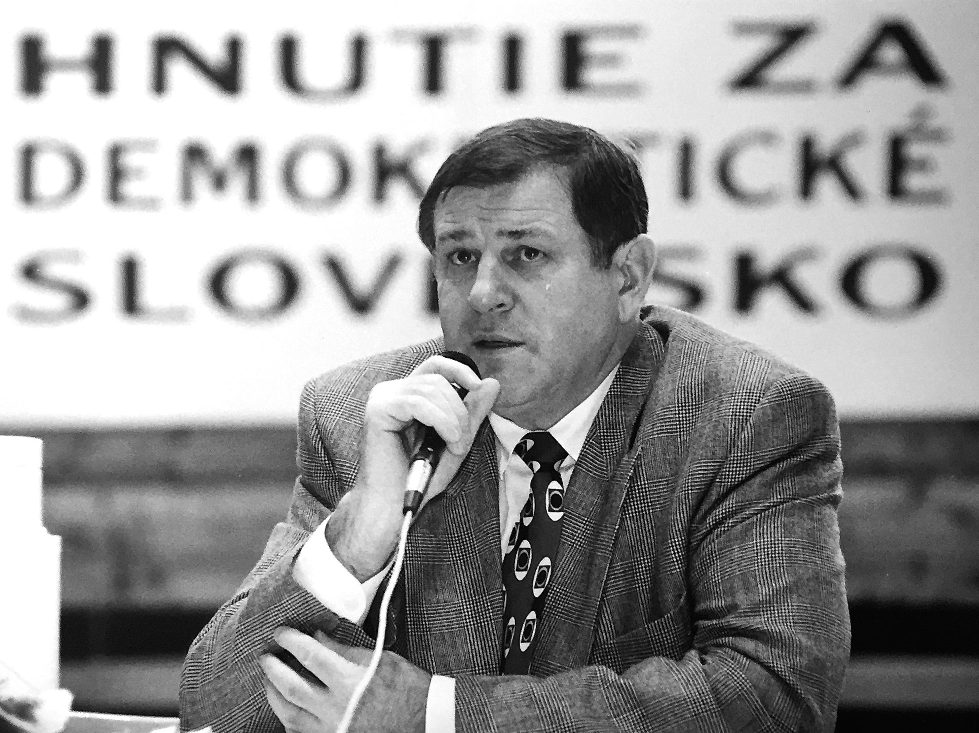 Vladimír Mečiar v čase, keď bol predsedom vlády. (Foto: Milan David)